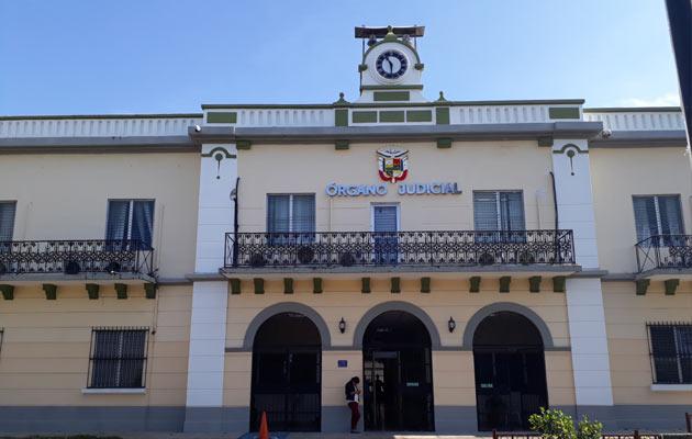 El fiscal Cerrud, asegura que los implicados en este hecho son familiares de una persona que el condenó a 25 años de cárcel.