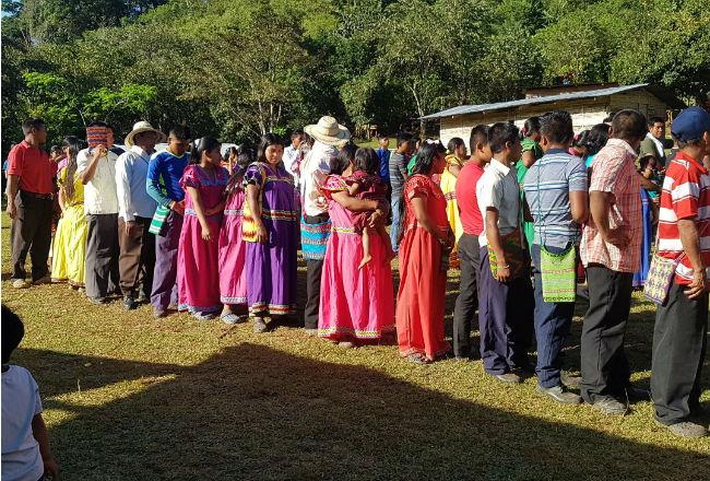 Congreso regional tradicional Ngäbe exige que los grupos religiosos legalicen su situación