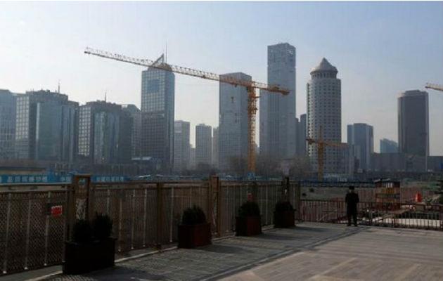 El PIB de China crece al mínimo desde 1990 pero cumple objetivo