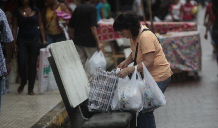 Almacenes no entregarán bolsas plásticas