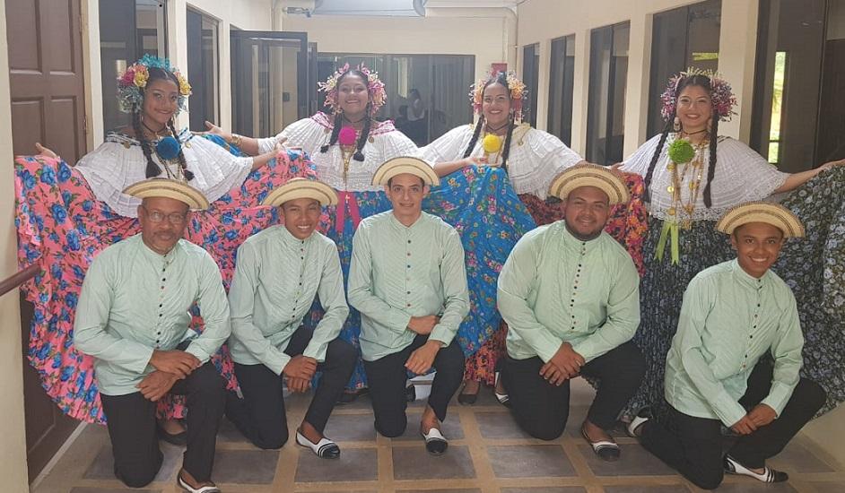 Agrupación folclórica recorre Costa Rica