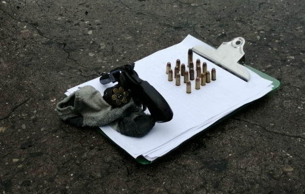 Se investiga si los aprehendidos participaron de un tiroteo donde murió un hombre. Foto: Eric A. Montenegro.