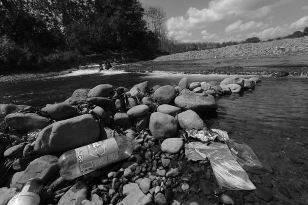 ¡Agua, agua! ¡río, río!