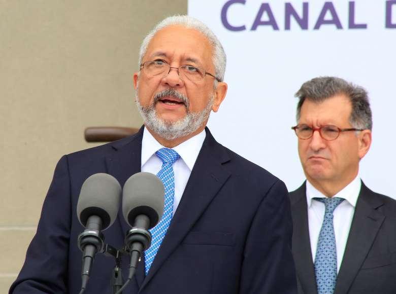 Mayor Indignación  provoca justificación dada por  Aristides Royo sobre aumento de salario al  administrador de la ACP