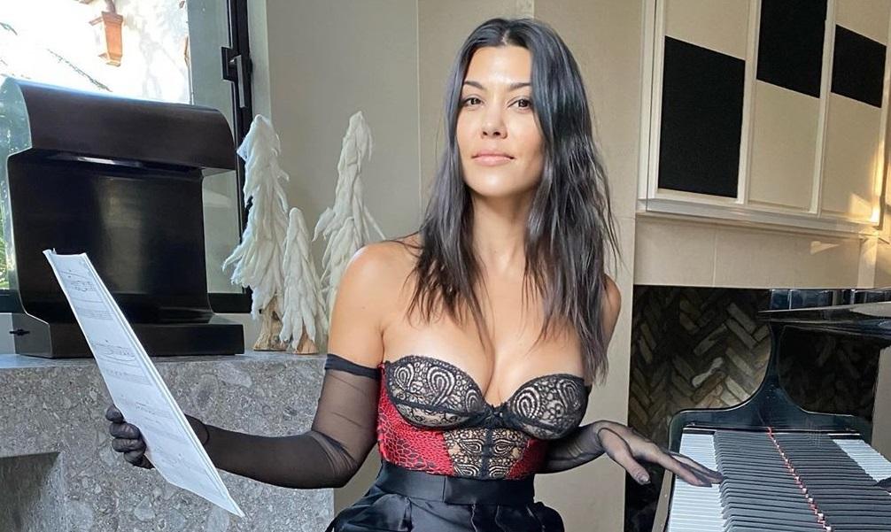 Kourtney Kardashian niega estar embarazada