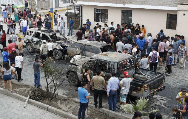 Unos catorce muertos y cincuenta heridos dejó la explosión del camión de gas. Foto: AP.