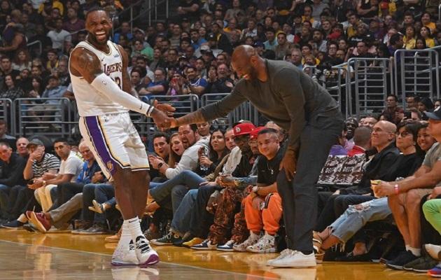 LeBron James se derrumba y rompe a llorar tras conocer sobre muerte de Kobe Bryant