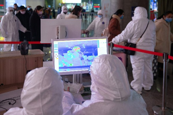 """La OMS eleva de  """"moderado"""" a """"alto"""" el riesgo del coronavirus en Wuham"""