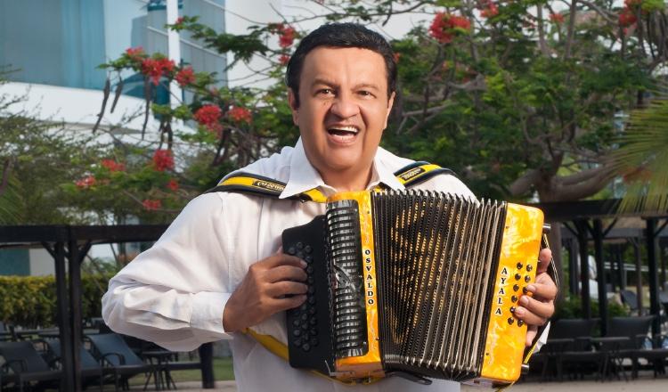 Osvaldo Ayala celebra 50 años de carrera