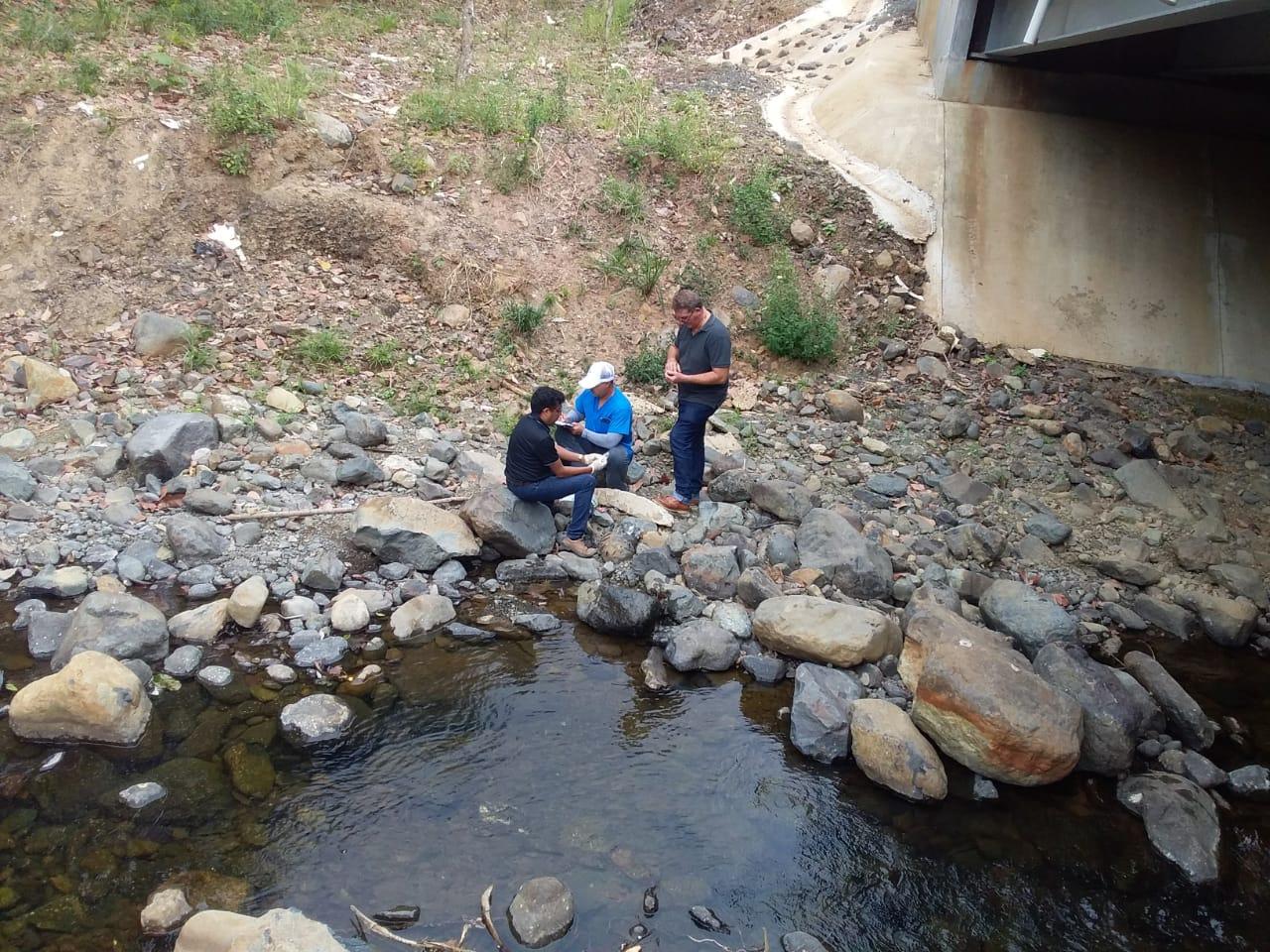 Preocupación por los altos niveles de contaminación en el río Guararé