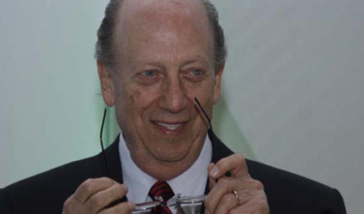 Roberto Eisenmann desafía a la Corte Suprema de Justicia por pago de impuestos