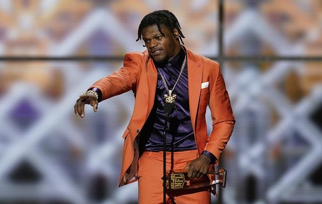 Lamar Jackson iguala a Tom Brady tras ser elegido MVP  de la NFL  por unanimidad