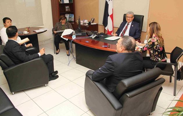 Ministerio de Salud licitará 38 renglones de medicamentos