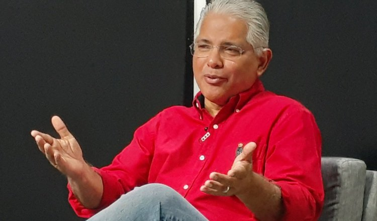 José Blandón: Gobierno de Laurentino Cortizo   se desgasta sin hacer  nada