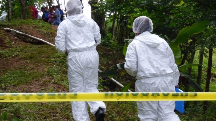 El hallazgo de estos restos óseos pone a las autoridades panameñas a intercambiar información con el hermano país de Costa Rica. FOTO/Mayra Madrid