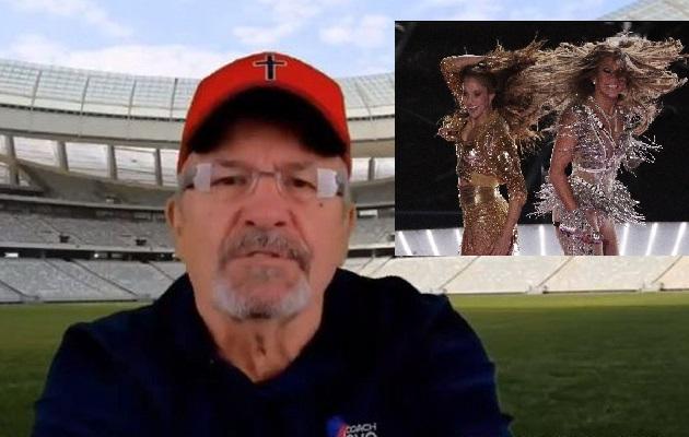 Pastor amenza con demandar a la NFL porque cree que show de Shakira y JLo fue porno