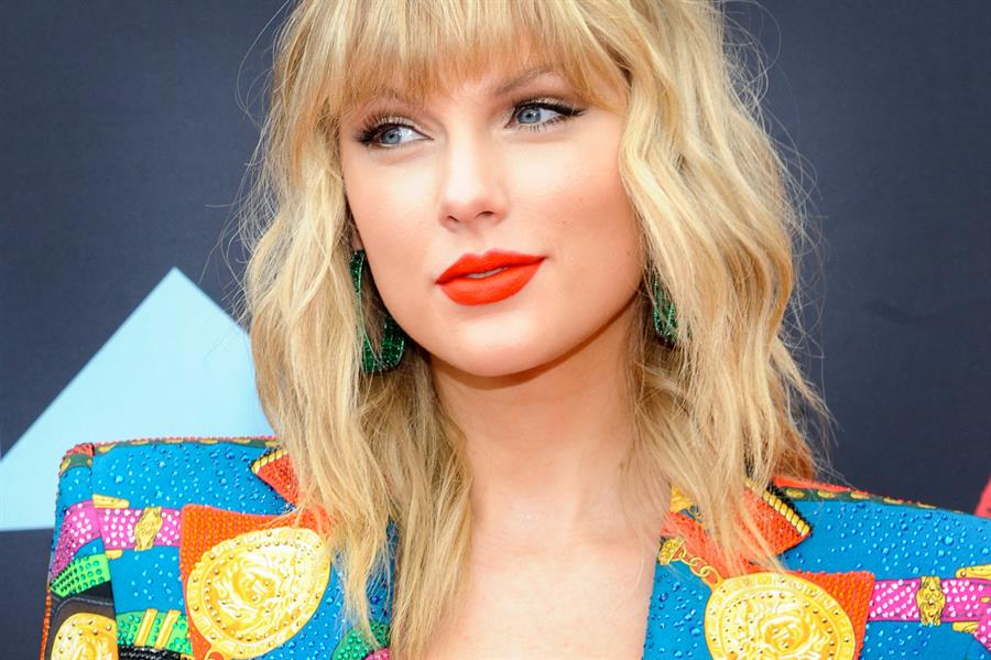 Taylor Swift se fue de Sony y firma en exclusiva con Universal Music