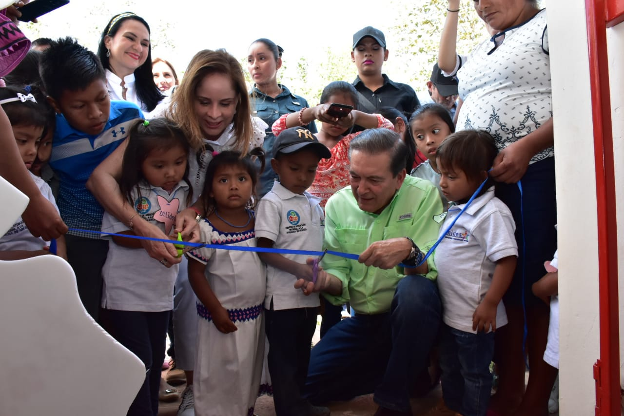 Laurentino Cortizo inaugura Centros de Atención Integral a la Primera Infancia en provincias y comarca