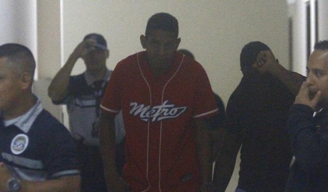 Cabo segundo detenido por tráfico de drogas