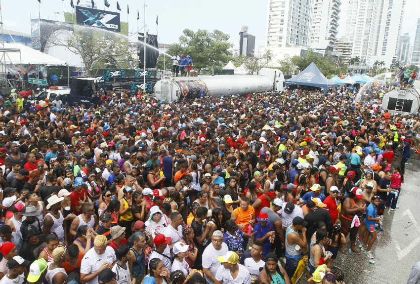 Contrataciones de artistas para tarimas del Carnaval  capitalino genera polémica