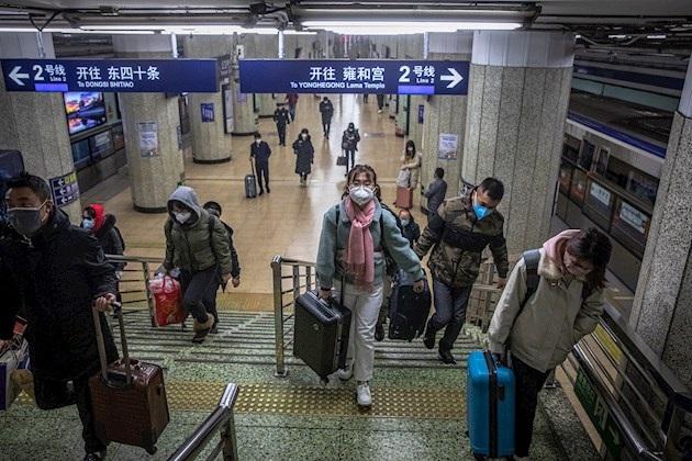 China regresa a trabajar a cuentagotas mientras sigue su lucha contra el coronavirus