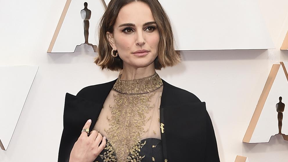 La protesta oculta en el vestido de Natalie Portman en los Premios Óscar