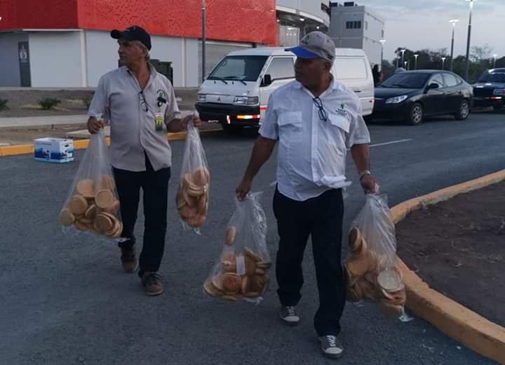 Decomisan cerca de 90 panes en mal estado en las inmediaciones del estadio de Las Tablas