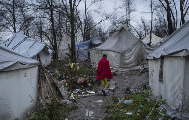 Croacia detiene ola migrantes