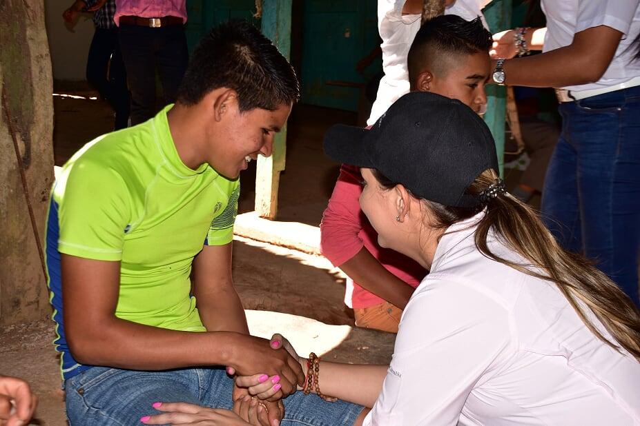 Familias  en condición de pobreza multidimensional en Herrera reciben apoyo gubernamental