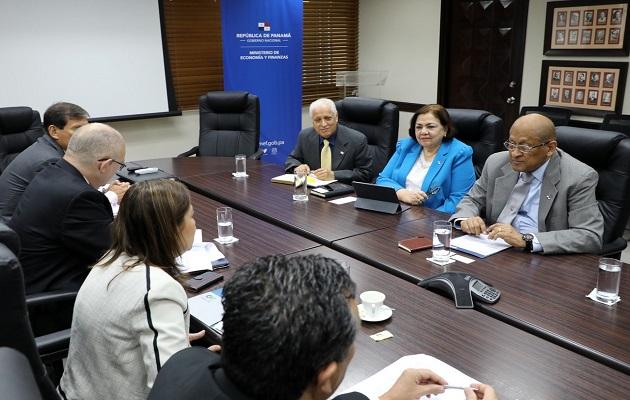 MEF y CAF revisan apoyo al país en materia de financiamiento, asistencia técnica y capacitación