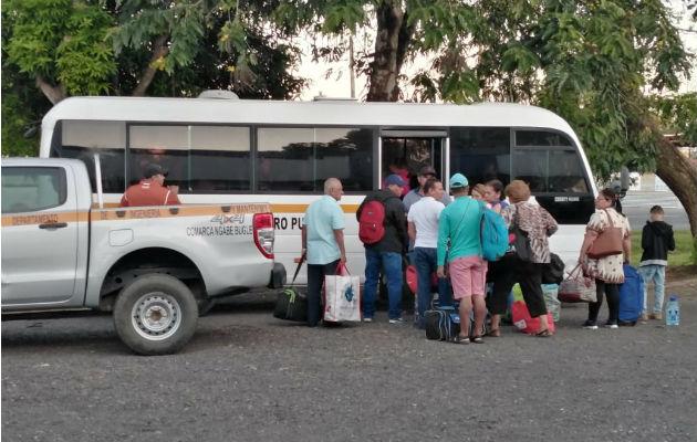Docentes de áreas de difícil acceso se trasladan para iniciar semana de organización escolar