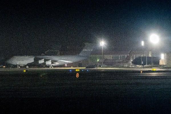 Catorce estadounidenses evacuados del crucero Diamond Princess dan positivo por coronavirus
