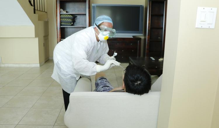 Ciudadano chino no mintió, funcionarios de Salud erraron en el nombre