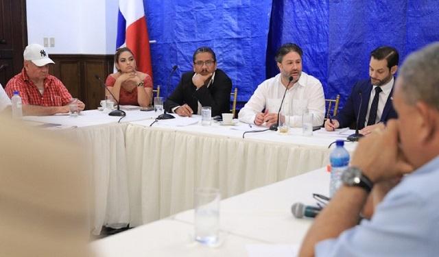 Miguel Antonio Bernal: 'El Ejecutivo pretende pisotear una decisión de la Corte'