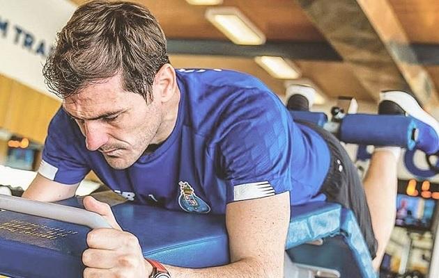 Iker Casillas  le informó el fin de su carrera al presidente del Oporto