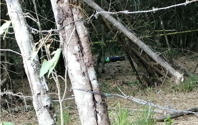 Encuentran cadáver de un hombre dentro de finca privada en La Chorrera