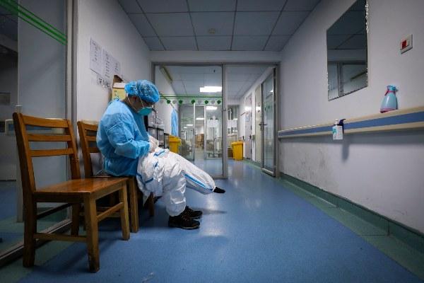 El coronavirus acaba con la vida del director de un hospital de la ciudad de Wuhan