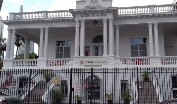 Embajada de Francia y Alianza Francesa en Panamá invitan a cantar en francés