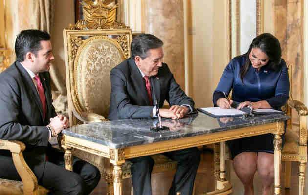 Renuncia ministra de Gobierno Sheyla Grajales