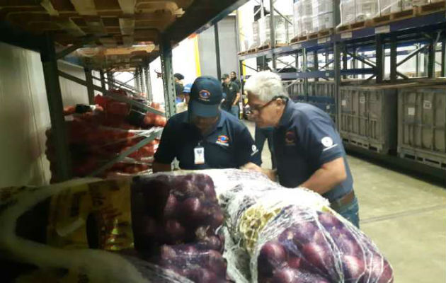 Detectan cebolla vencida en Merca Panamá y empresa Galores