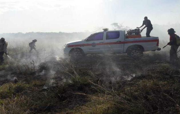 Cuerpo de Bomberos atiende 75 incendios de masa vegetal durante el Carnaval
