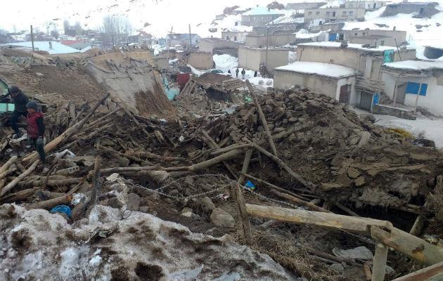 Terremoto de 5,7 deja nueve muertos y 37 heridos en Turquía