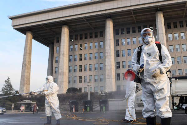 La OMS aconseja prepararse para una pandemia del coronavirus