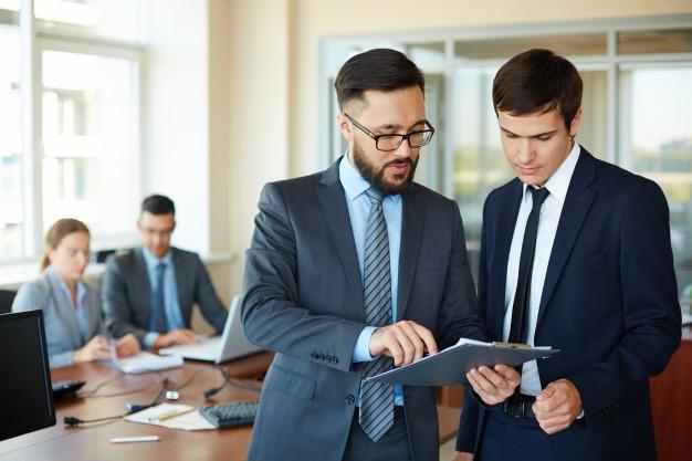 Seis hábitos que dañan su carrera y cómo superarlos