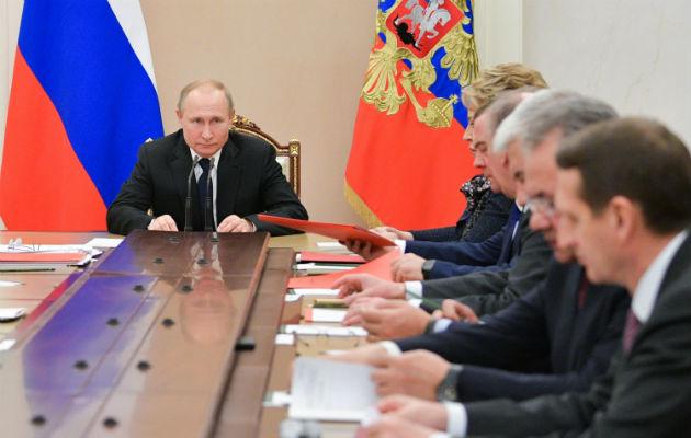 Politólogos predicen las intenciones de Putin