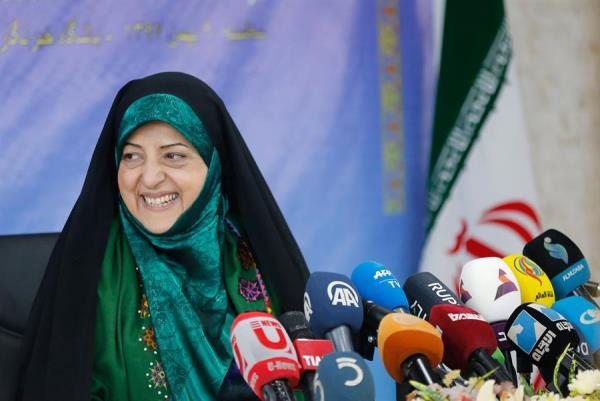 La vicepresidenta de Asuntos de la Mujer de Irán está contagiada con el coronavirus