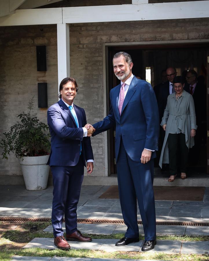 Cambio político, economía y seguridad en Uruguay, ejes de discurso del nuevo presidente Luis Lacalle