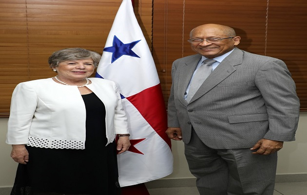 Ministerio de Economía y Finanzas y CEPAL consolidan asistencia técnica en planificación