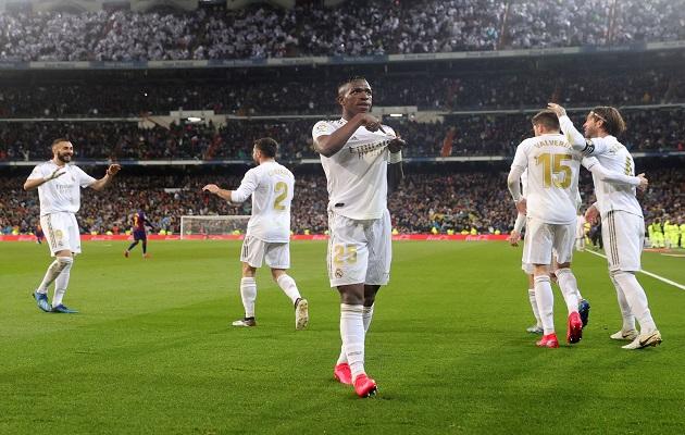 Real Madrid se lleva el clásico y vuelve a la cima