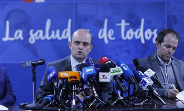 Colombia cambia de moderado a alto riesgo de que el coronavirus llegue al país